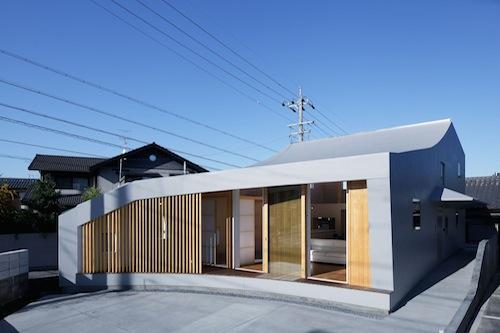 Casa minimalista en nagoya mattch arquitectura y for Arquitectura minimalista edificios