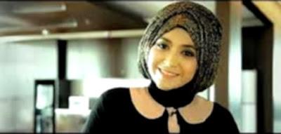 2 Langkah Mudah Tutorial Hijab Natasha Farani Edisi Lebaran 2016