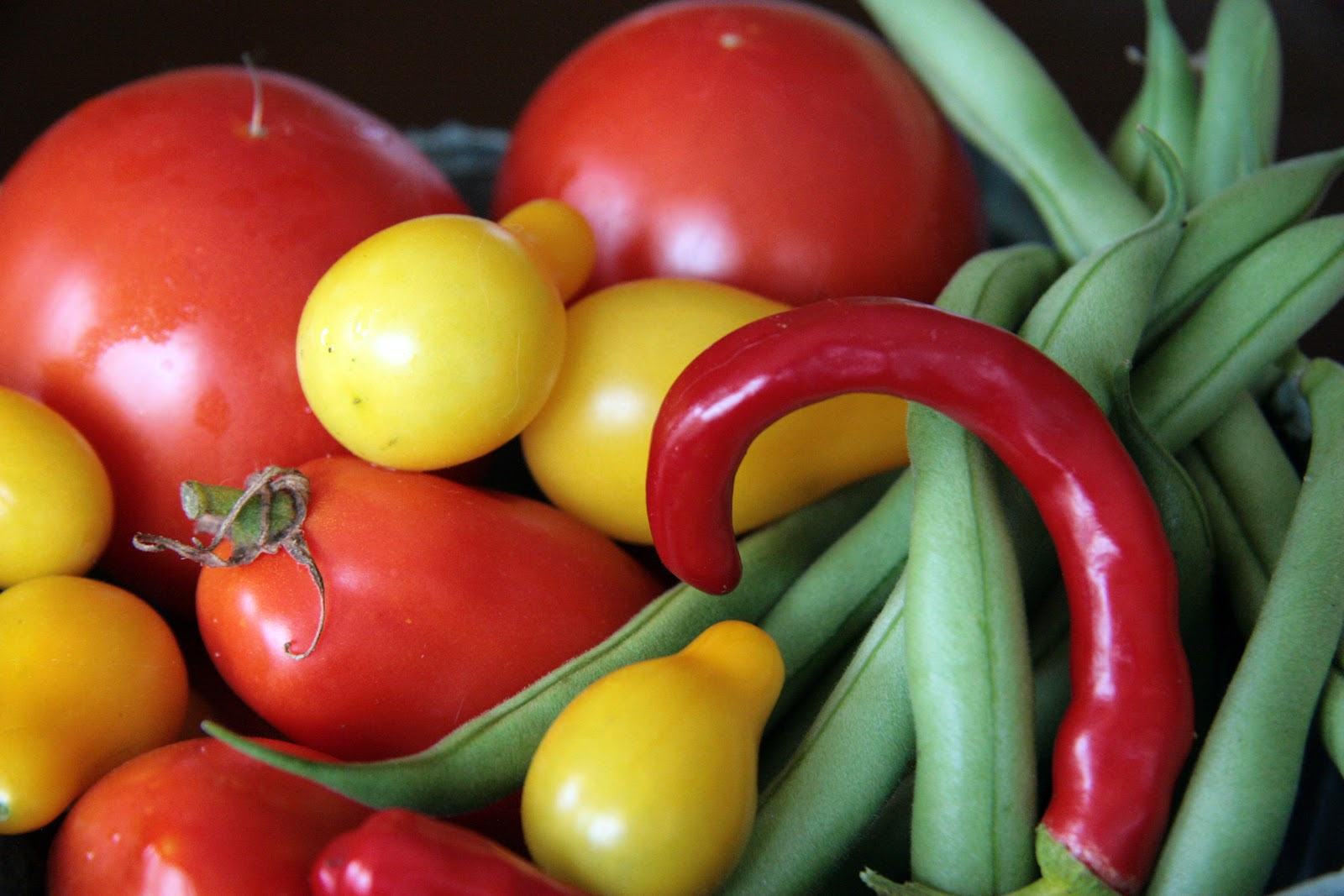 Local Food Rocks: Garden fresh vegetables for soup