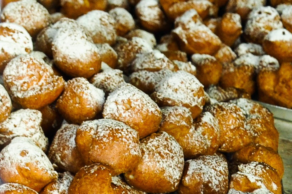 local delicacy frittelle window display bakery Cittadella Italy