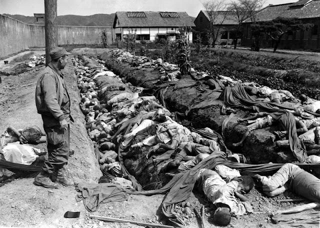 400 cadáveres descubiertos en la prisión de Daejeon masacrados por las tropas norcoreanas en retirada