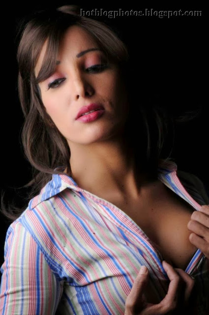 Delhi escorts services by httpsshryashramacomshrya - 5 3