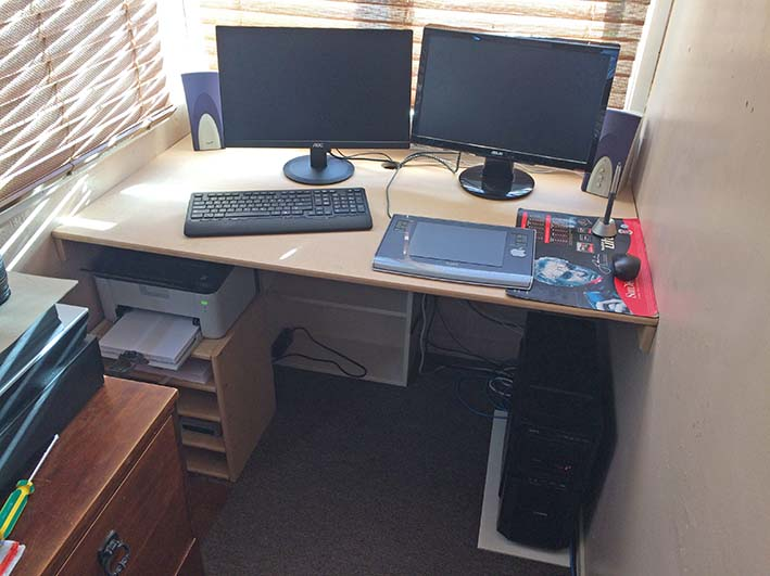 Excellent Nz Digital Dual Monitor Home Office Setup Home Interior And Landscaping Dextoversignezvosmurscom