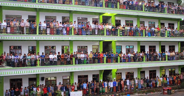 Sekolahkan Anak di Pondok Pesantren Sekarang Juga, Karena Dunia ini Semakin Tidak Karuan