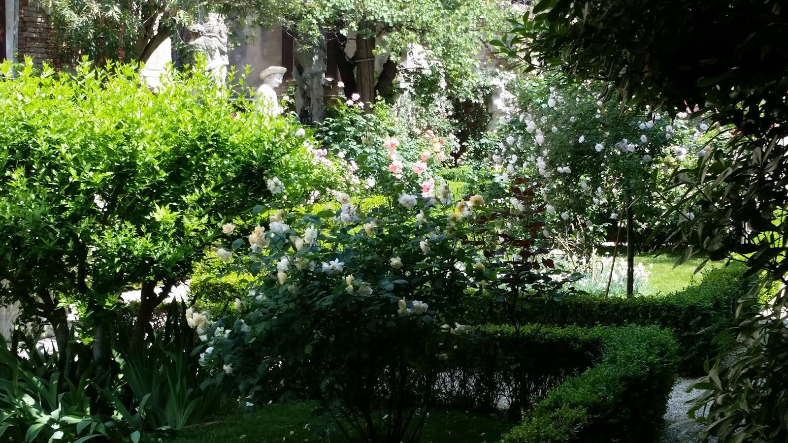hortibus voyage palais et jardins prives de venetie groupe lions club de auch. Black Bedroom Furniture Sets. Home Design Ideas