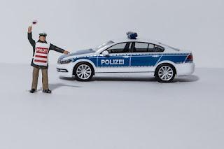 iwic hackaton indosat CODE POL, Aplikasi Penyedia Data Kendaraan Bermotor