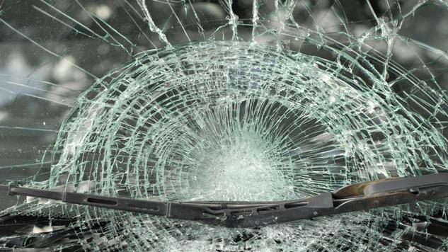Hármas karambol történt Kiskunhalasnál, a rendőrség lezárta az 53-as utat