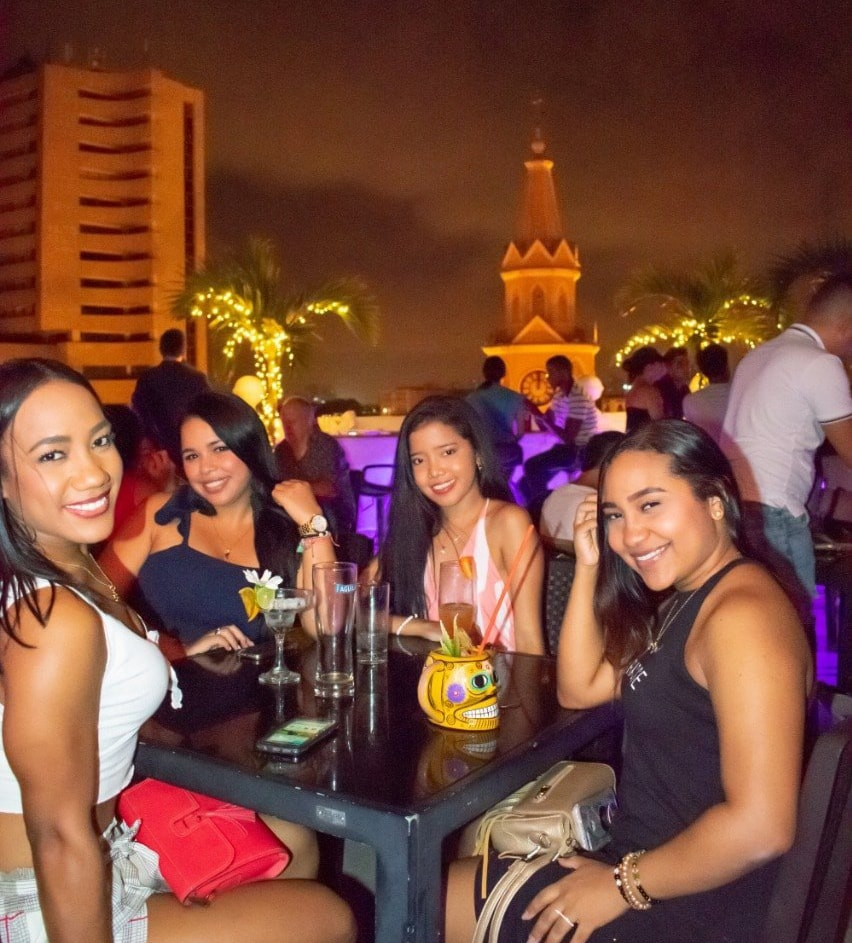 Teen girls in Cartagena