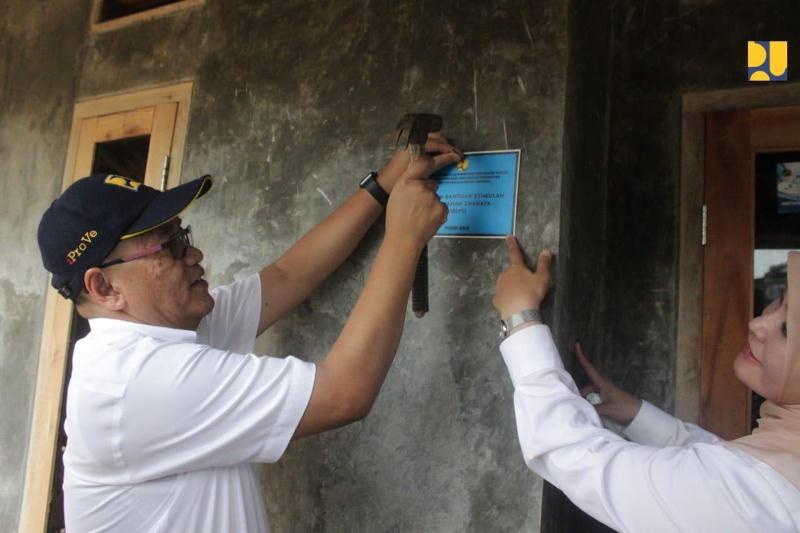 Tingkatkan Hunian Layak di Pandeglang, Kementerian PUPR Bedah Rumah 1.200 Unit