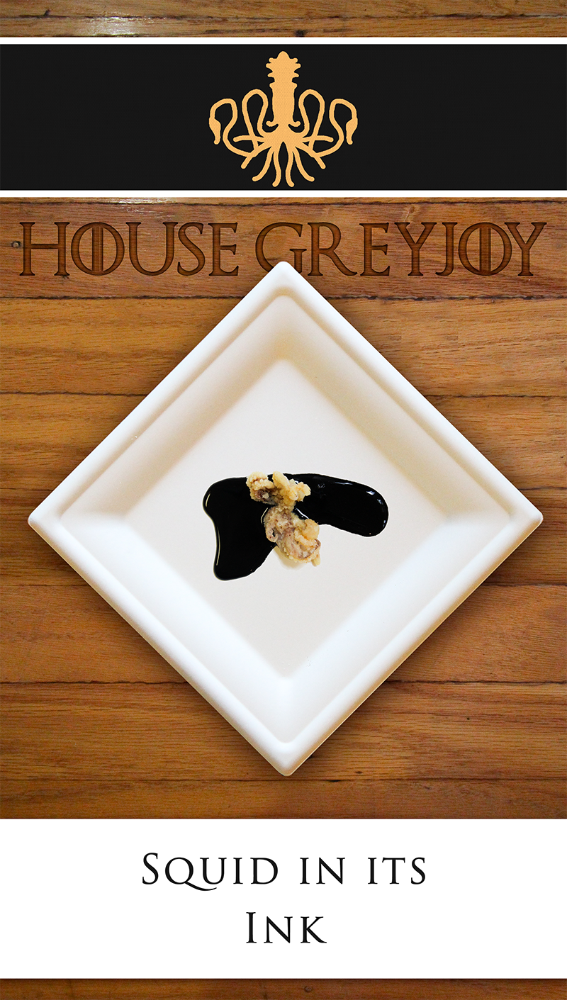 Golden fried squid on a squid ink sauce, inspired by the Greyjoy Banner. Perfect appetizer for a Game of Thrones Theme Party.