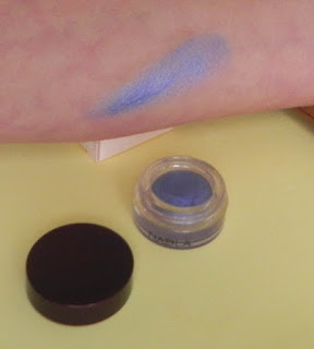swatch sombra en crema Nabla