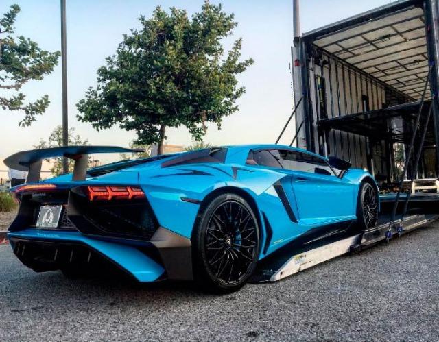 supercars Lamborghini bleu
