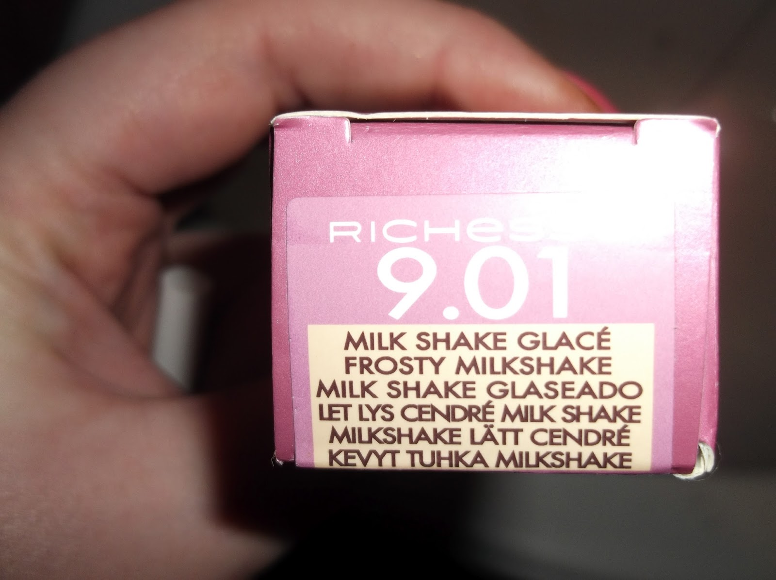 Loreal Richesse 9 01 Frosty Milkskake Hair Colour Review