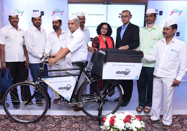 Mr. Subhash Talekar, General Secretary, Mumbai Dabbawala Association, Ms. Swati Rathi, Head-Marketing, Godrej Appliances, Mr. Kamal Nandi