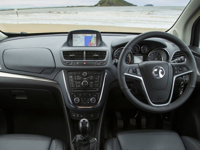2013 Vauxhall Mokka Interior Review