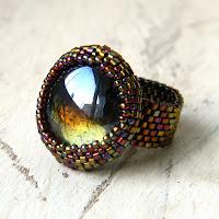 Необычное кольцо из бисера - кольцо ручной работы