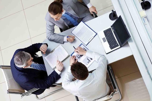 Αποσύρεται η ρύθμιση για τους διορισμένους γραμματείς στους ΟΤΑ