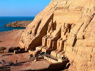 Valley of the Kings : mummies of New Kingdom pharaohs placed
