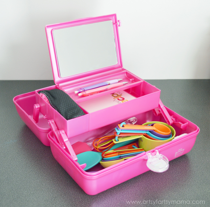 Kids Cooking Kit with Caboodles at artsyfartsymama.com