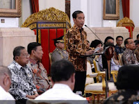 Pencairan THR dan Gaji ke 13 PNS Diumumkan Presiden Jokowi Minggu Depan Berserta Kenaikannya !