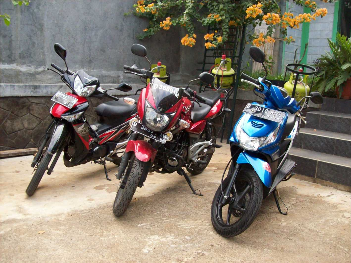 Konverter Kit LPG untuk Sepeda Motor: Gambar Foto Mobil