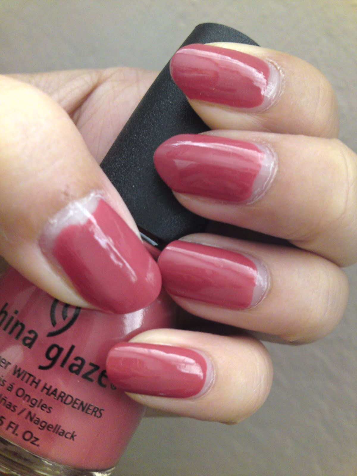China Glaze Presenta Crakle Glaze: China Glaze; Sweet Cream