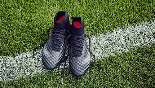 2016-Nike-Magista-Obra-2-Pitch-Dark-2