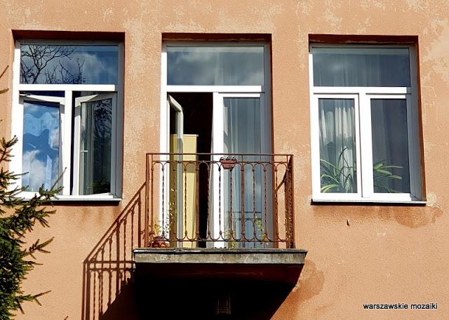 Warszawa Warsaw Saska Kępa architektura budownictwo lata 30 warszawskie ulice willa balkon