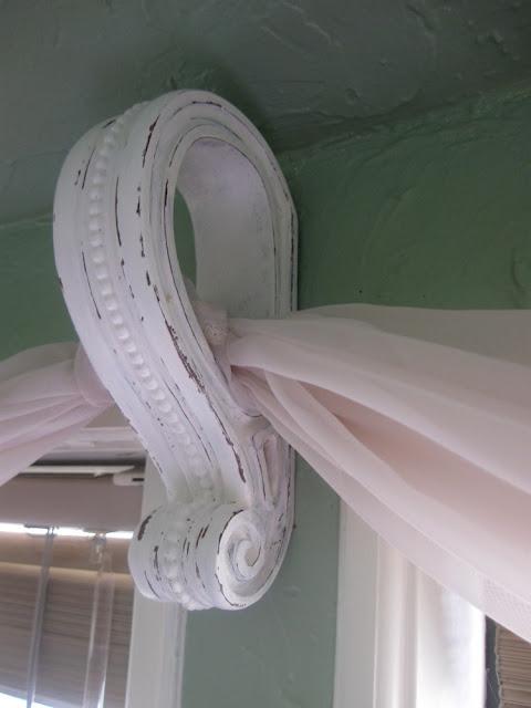 Window Sconces Scarf | Home Decoration Club