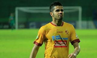 Jelang Lawan Persib, Sriwijaya FC Rekrut Kembali Tijani Belaid