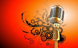 SEJARAH MUSIK INDONESIA     Terdapat tahapan – tahapan perkembangan sejarah Musik Indonesia. tahapan tersebut adalah sebagai berikut:  Masa sebelum masuknya pengaruh Hindu – Buddha  Pada masa ini, musik dipakai sebagai bagian dari kegiatan ritual masyarakat. Dalam beberapa kelompok, bunyi- bunyian yang dihasilkan oleh anggota badan atau alat tertentu diyakini memiliki kekuatan magis. Instrumen atau alat musik yang digunakan umumnya berasal dari alam sekitarnya.  Masa setelah masuknya pengaruh Hindu- Buddha  Pada masa ini, berkembanglah musik – musik istana (khususnya di jawa). saat itu, musik tidak hanya dipakai sebagai bagian ritual saja, tetapi juga dalam kegiatan – kegiatan keistanaan (sebagai sarana hiburan para tamu raja). Musik istana yang berkembang adalah musik gamelan. Musik gamelan terdiri dari 5 kelompok, yaitu: kelompok balungan, kelompok blimbingan, kelompok pencon, kelompok kendang,dan kelompok pelengkap.  Masa setelah masuknya pengaruh Islam  Selain berdagang dan menyebarkan agama islam, para pedagang arab juga memperkenalkan musik mereka. Alat musik mereka berupa gambus & rebana. dari proses itulah muncul orkes- orkes gambus di Tanah Air ( Indonesia ) hingga saat ini.   Masa Kolonialisme   Masuknya bangsa Barat ke Indonesia juga membawa pengaruh besar dalam perkembangan musik Indonesia. Para pendatang ini memperkenalkan berbagai alat musik dari negeri mereka, misalnya biola, selo (cello), gitar, seruling (flute), dan ukulele. Mereka pun membawa sistem solmisasi dalam berbagai karya lagu. Itulah masa- masa perkembangan musik modern Indonesia. Saat itu, para musisi Indonesia menciptakan sajian musik yang merupakan perpaduan musik barat dan musik Indonesia. Sajian musik itu dikenal sebagai musik keroncong.  Masa Kini  Seiring dengan masuknya media elektronik ke Indonesia, masukpula berbagai jenis musik barat, seperti pop, jazz, blues, rock, dan R&B. demikian pula dengan music – musik negeri India yang banyak dibawa melalui film- filmnya. Dari perkembang