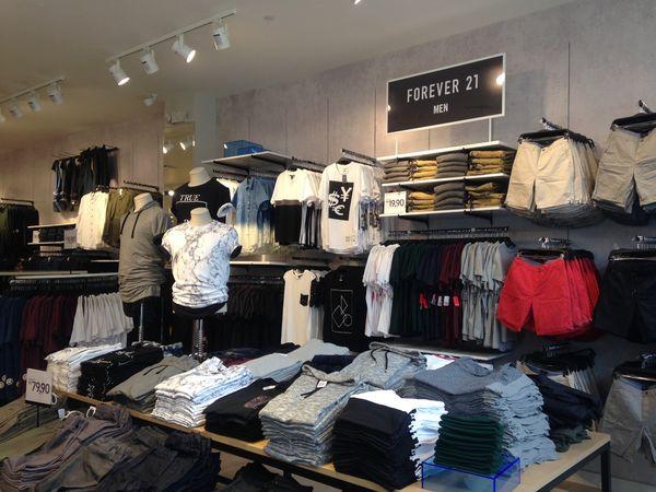 c296c90fc81 Forever 21 do Catarina Fashion Outlet  toda loja por até R  49