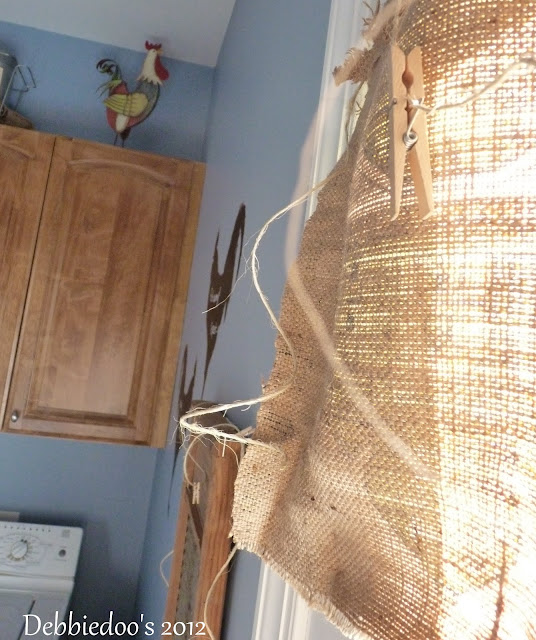 Burlap love {diy curtains}