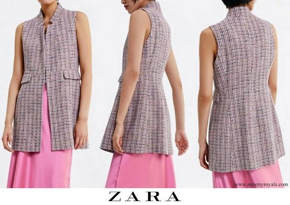 Queen Letizia wore ZARA Inverted collar tweed vest