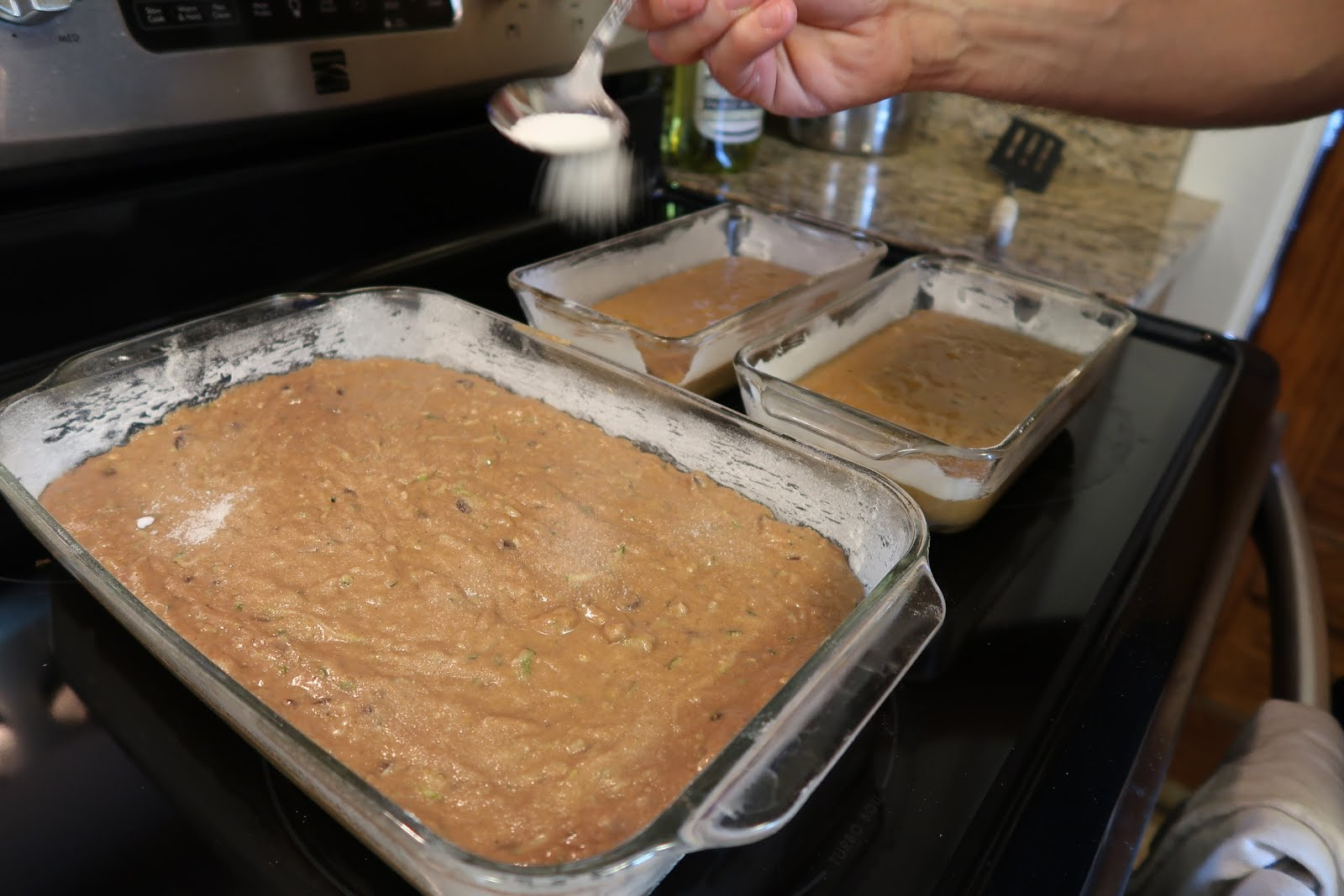 zucchini bread brownies recipe cooking baking garden vegetable bake baker loaves sprinkle sugar oven batter dough pan