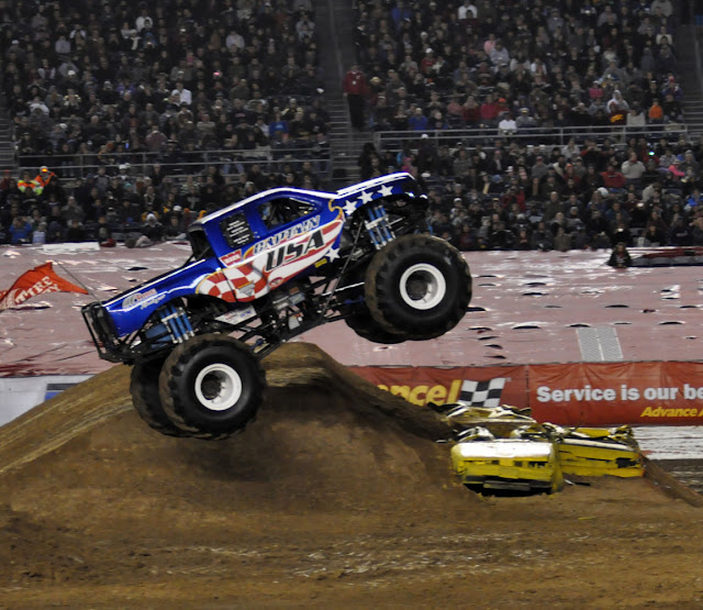 JustaCarGal: Monster Jam 2012, Freestyle Captain USA And