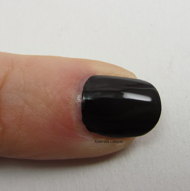 Finger-Paints-Black-Rxpressionism-Lightning-Nails-Tutorial