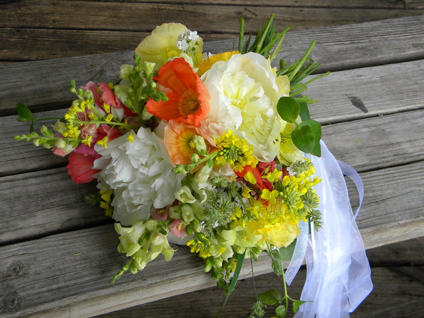 Wedding Flowers From Springwell: Peach And Coral Poppies