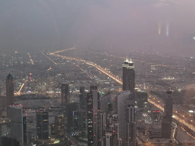 dubai-highway-nightview ドバイの高速道路夜景