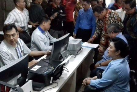 Disebut Melakukan Intervensi Dalam Proyek e-KTP. SBY Laporkan Pengacara Novanto