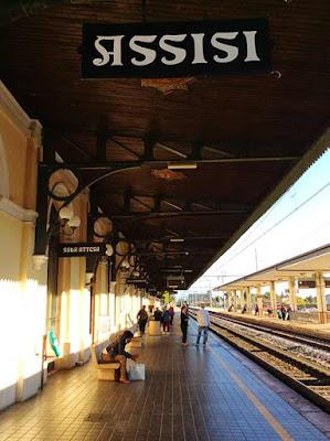 assis estacao trem guia brasileira - Assis Medieval
