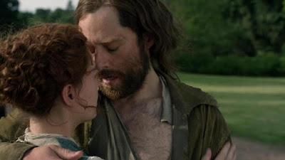 Roger decide acudir al lado de Brianna y de su recién nacido y posible hijo