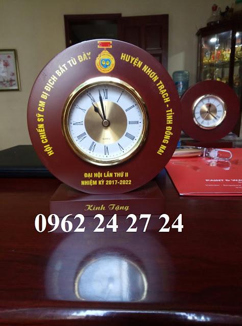 chuyên thiết kế và sản xuất đồng hồ để bàn theo yêu cầu, đồng hồ quảng cáo