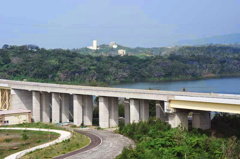 Okinawa Expressway from Kin Dam View Point