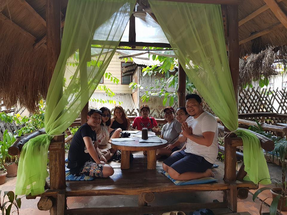 where to eat in coron palawan - Carl's BBQ