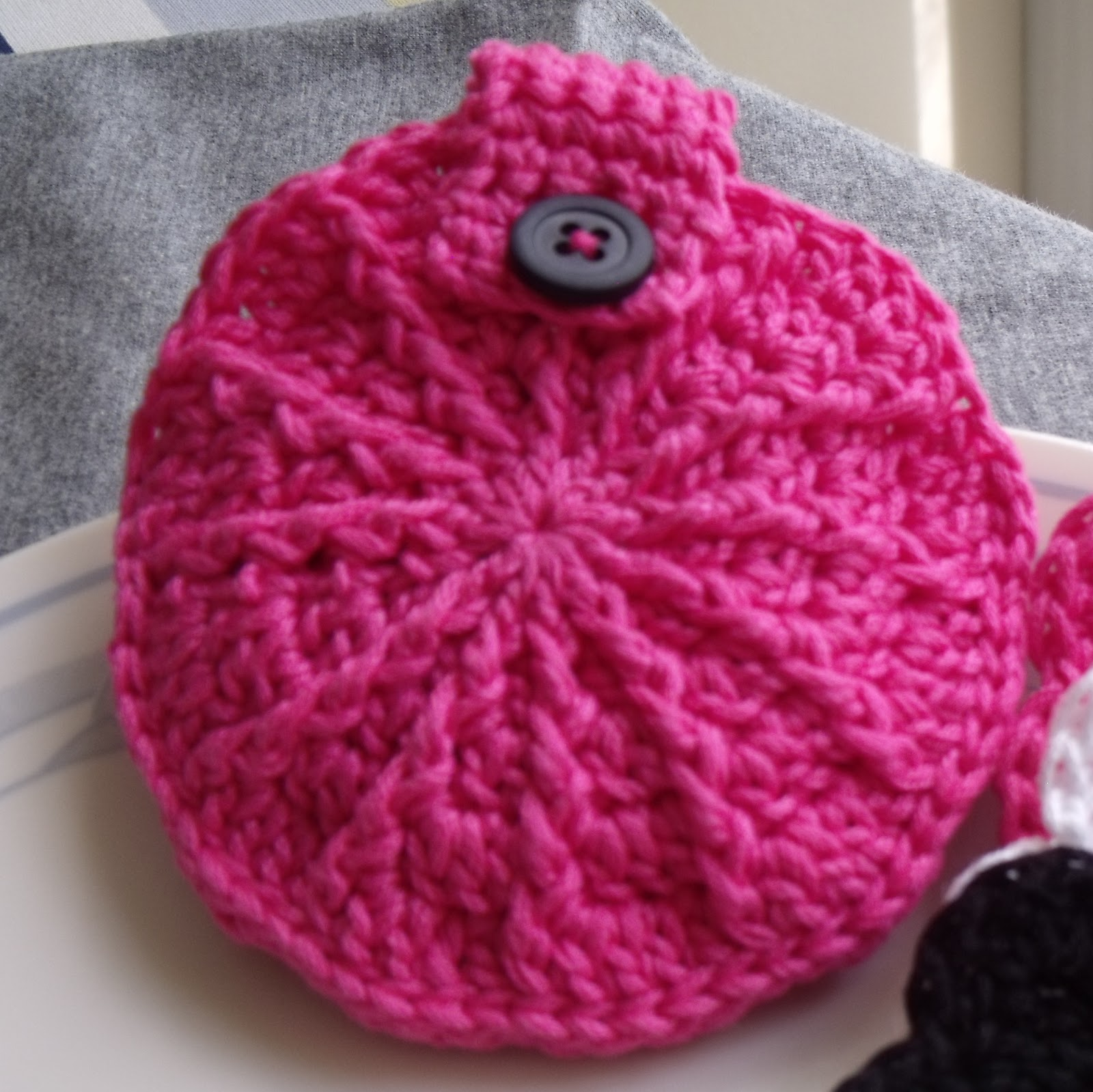 Indecisively Chic Crochet Face Scrubbies And Storage Pouch Tutotial