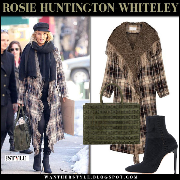 Rosie Huntington-Whiteley in plaid chloe coat, black ankle boots with green tomasini tote and black cap what she wore march 2017