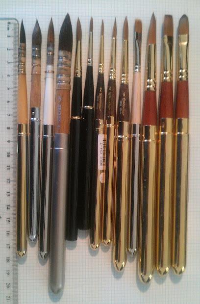 Jane Blundell Artist Plein Air Paint Brushes