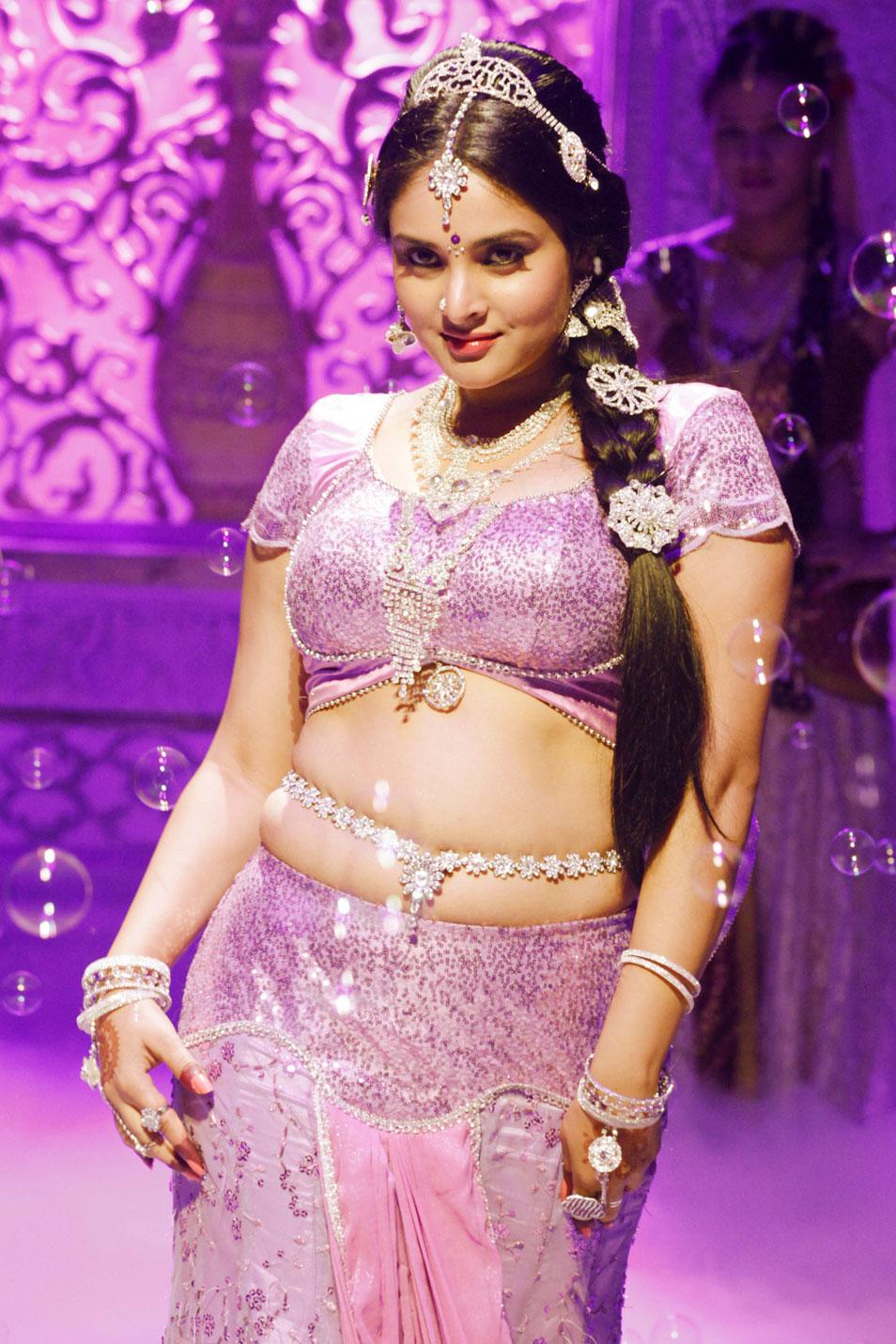 Kannada igralka Hd ozadja Ramya-7444