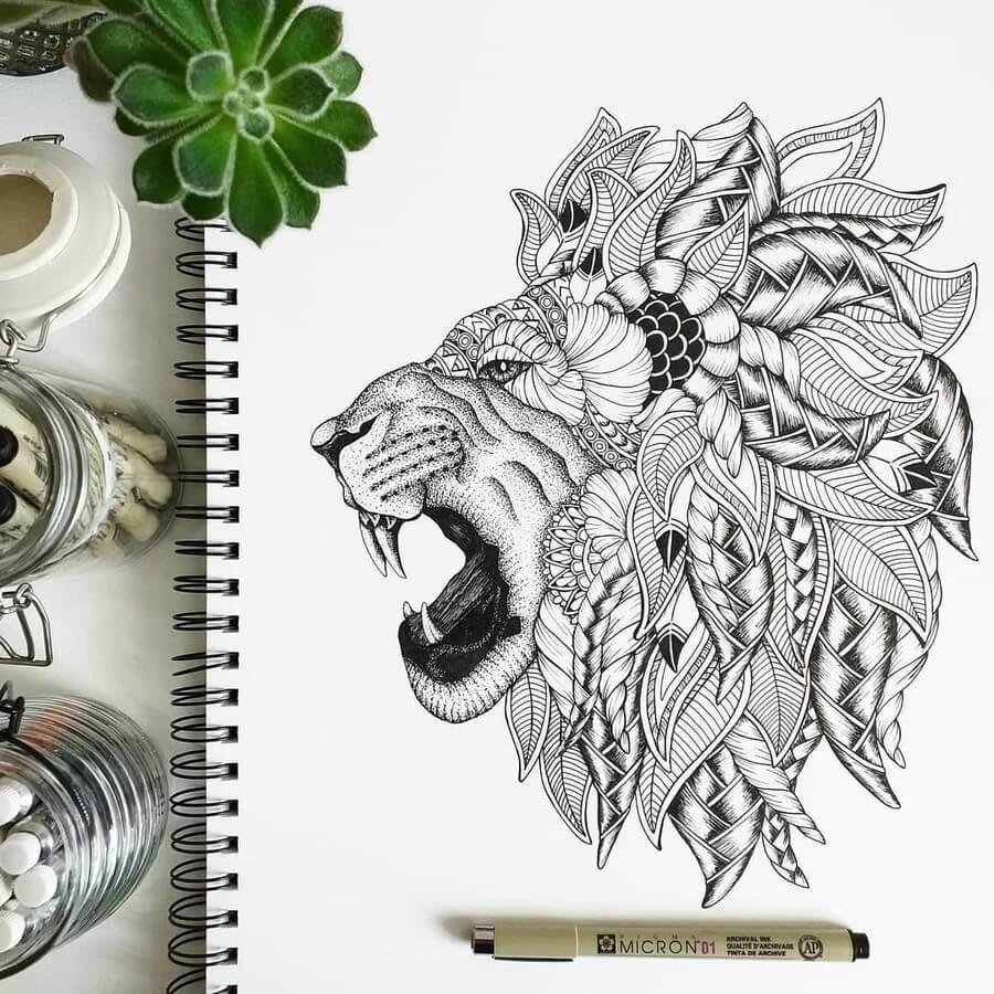 06-Lion-Anna-Brookes-www-designstack-co